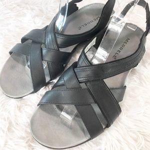 MERRELL Bassoon Black Sandal Size 8